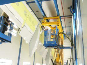 WALL-MAN pneumatic access platform plane