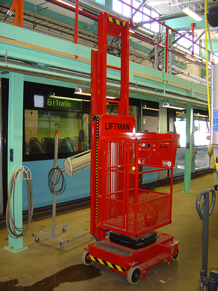 Liftman pneumatic man lift for trams